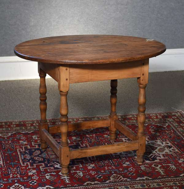18th C. New England oval top stretcher base tavern original pine top on a maple base, 27