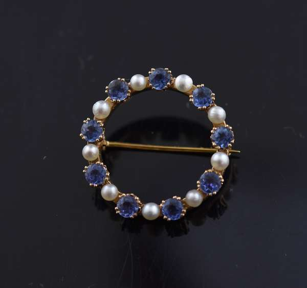 Jewelry - 14k gold pearl pin with sapphires; nine pearls approx. 2.39 mm, nine sapphires approx. 3.43 mm diameter, approx. 4.5 grams