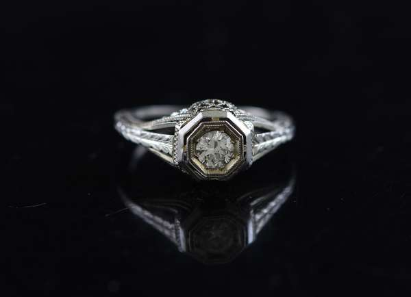 Jewelry - 18k white gold filigree ring, approx. .25 ct diamond, approx. 2.5 grams, size 5