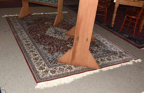 Oriental small roomsize rug, 6' x 9'2