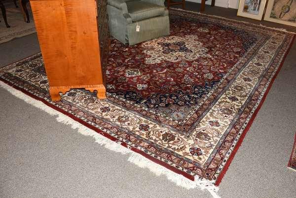 Oriental roomsize rug, 8'10