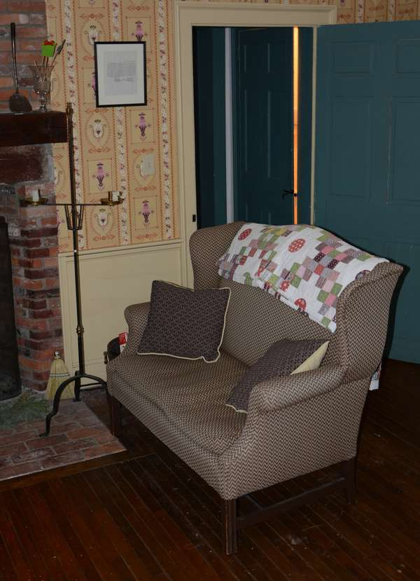 Small size wing back settee