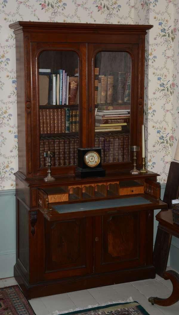 Glass door top secretary (96-58)