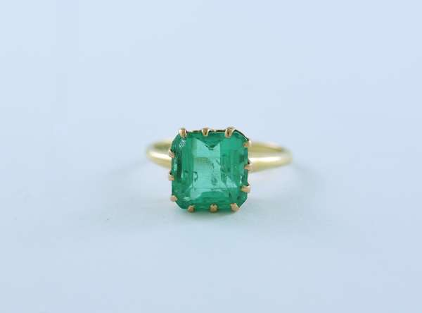 Fine antique octagonal cut emerald ring, certed Natural Columbian 5 ct emerald GIA cert states Colombian origin and F1 (light) Clarity enhancement.