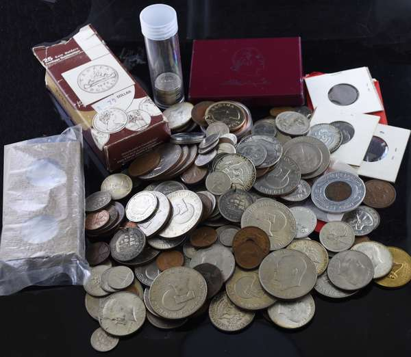 Assorted lot U.S. & foreign coins and tokens