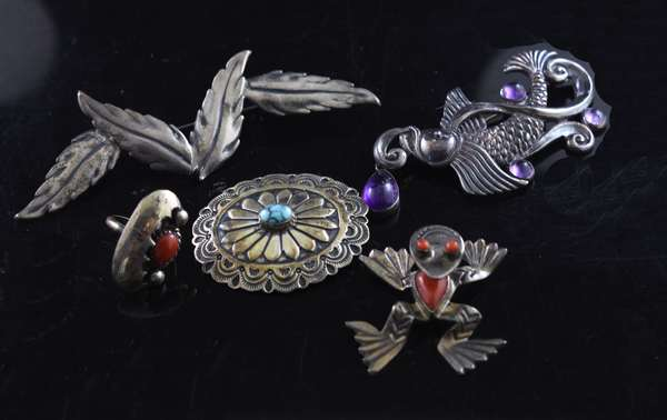 Five pieces sterling jewelry, Taxco and Southwest