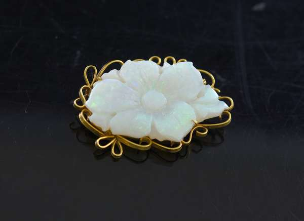 Carved opal and 14k gold pin
