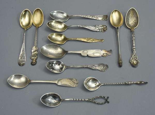 Assorted souvenir spoons, twelve pieces, approx. 4 T. oz