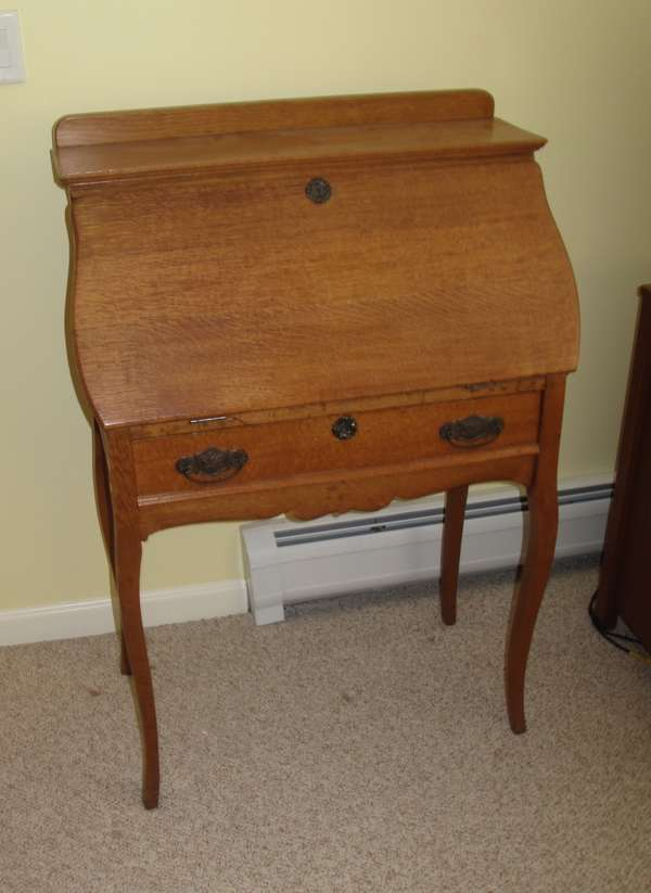 Victorian oak lady's desk with drawer (17-19)