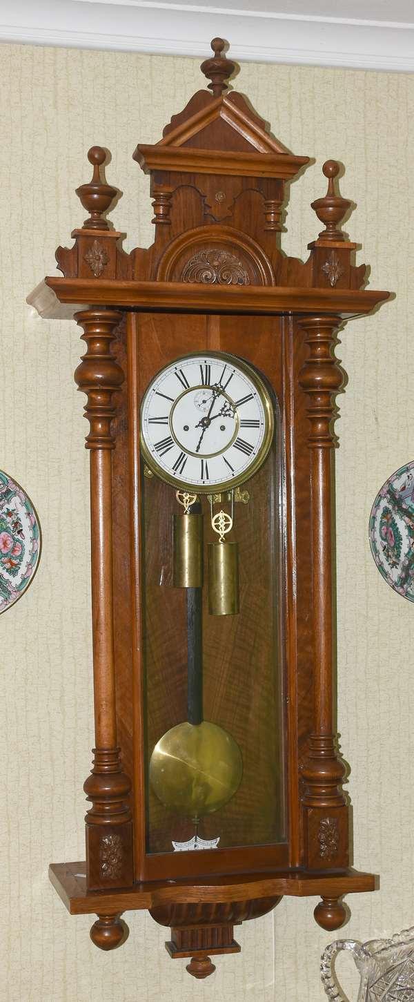 BLACK WALNUT CASED GERMAN REGULATOR CLOCK (900-455)