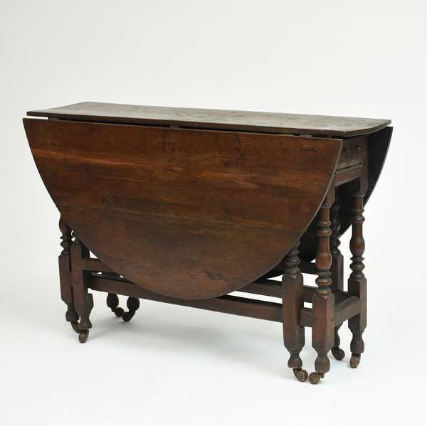 18th C. English one drawer gate leg table with turned legs, 48