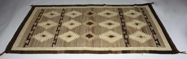 Native American Navajo rug, 3'7