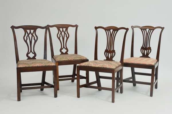 Two pairs of English mahogany Georgian side chairs, ca.1790