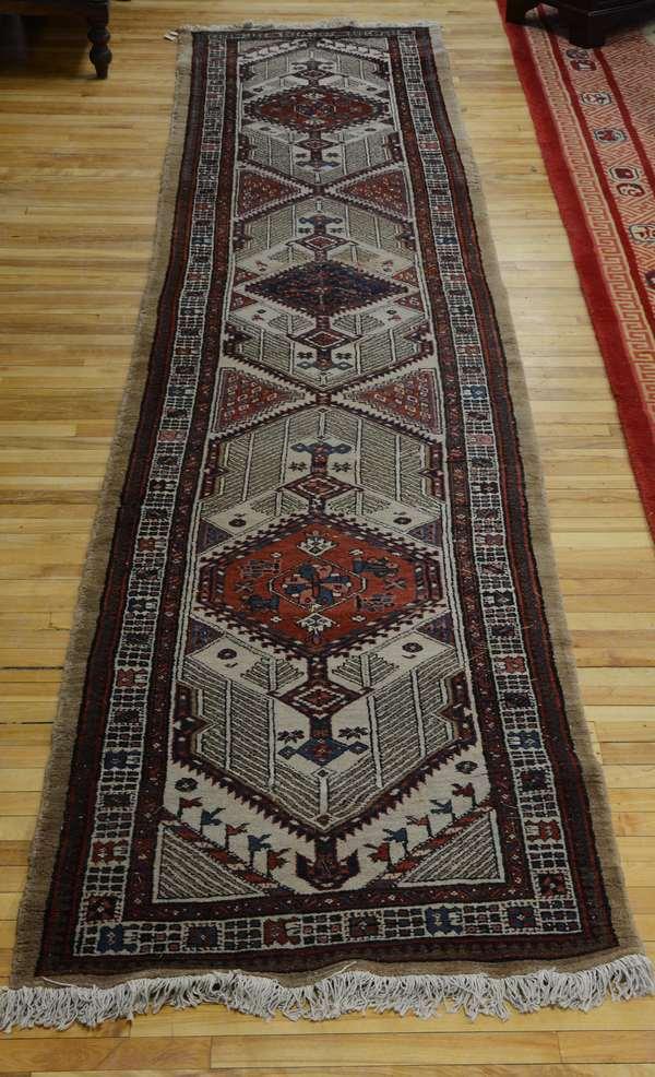 Oriental pictorial Tabriz, 10' x 6'10