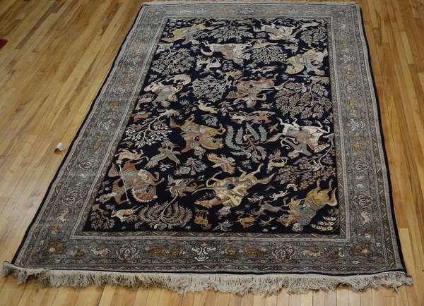 Oriental pictorial Tabriz rug, 10' x 6'10