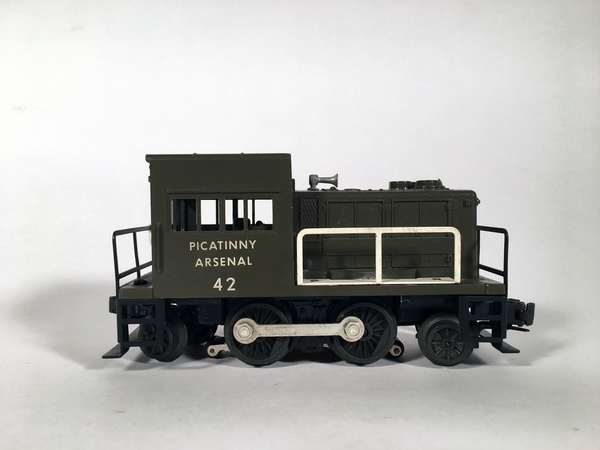 Lionel 42 Picatinny Arsenal Switcher