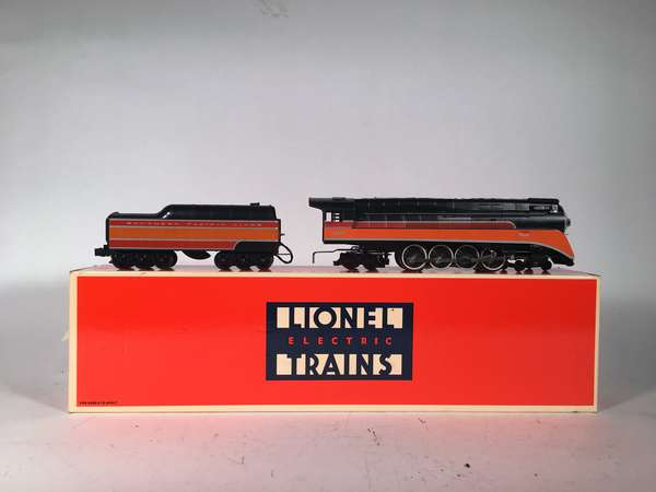 Lionel 18007 Southern Pacific GS-2 Daylight Loco and Tender, OB