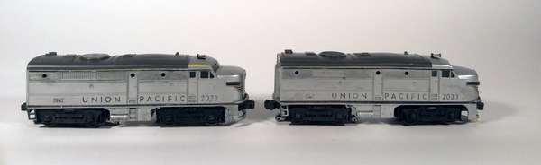 Lionel 2023 Union Pacific Alco AA Diesels, silver/gray
