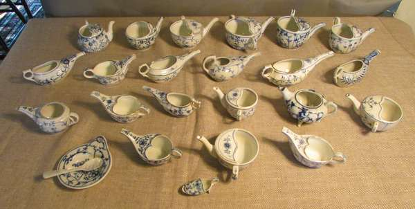 Assorted German and Japanese china teapots, blue and white. Some 19th C. and some 20th C. (75-5)
