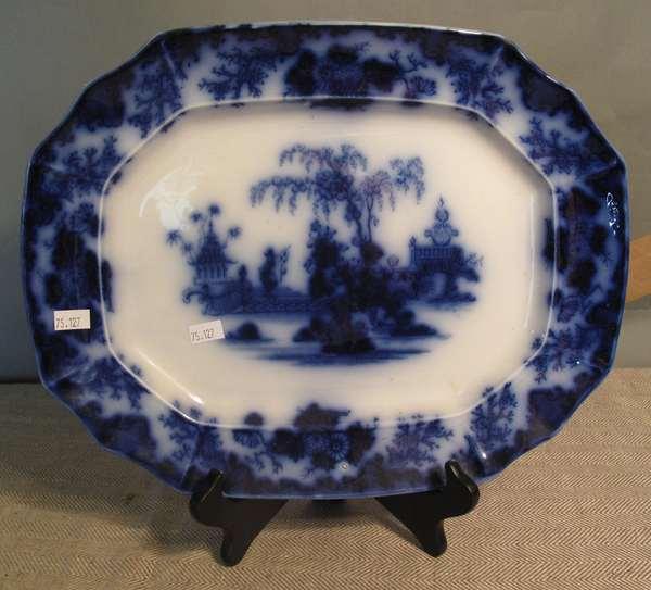"""Flow Blue Scinde platter, 14""""L. (75-127)"""