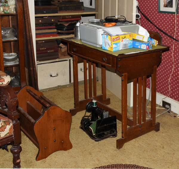 Single drawer side table and magazine carrier