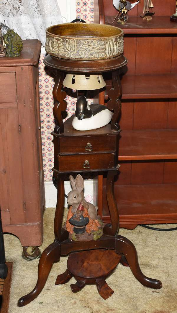 Antique wig stand
