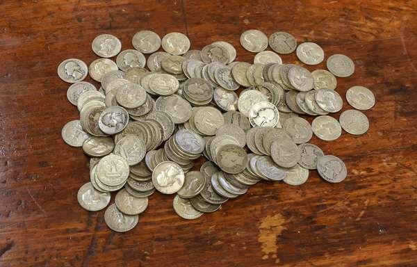 Ref 1: 47.00 Face 90% silver quarters (762-26)