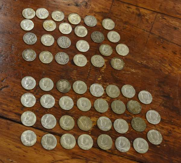 Ref 6: 12.00 Face 90% silver halves & 15.50 Face 40% silver halves (762-31)