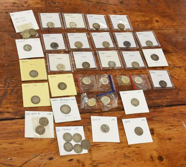 Ref 11: 41 assorted dimes (532-125)