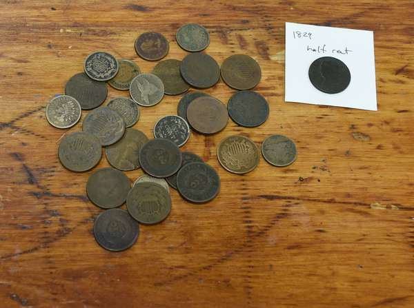 Ref 18: 28 assorted copper type coins (532-132)
