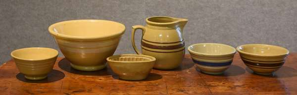 Selection of yellow ware (44-16)