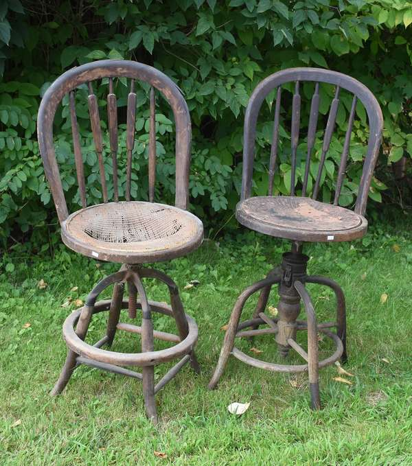 Two antique swiveling clerks chairs ca.1900 (675-48)