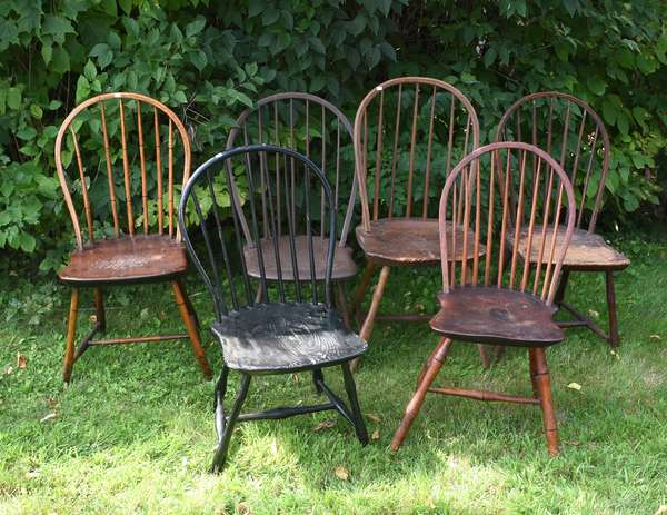 Six assembled bow back Windsor chairs (675-50)
