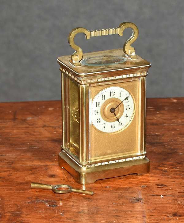 Carriage clock (44-25)