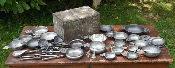 Lot of pewter and other porringers (675-57)