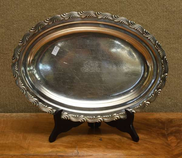 Tiffany sterling silver tray, approx. 25 T.oz (667-3)
