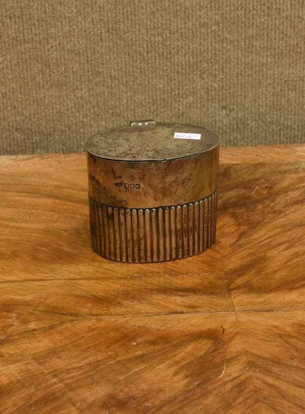 English silver hinged box, approx. 6.5 T.oz (667-4)