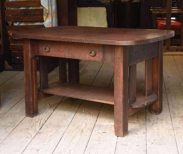 Arts & Crafts oak table with drawer, Wolverine Co. (48-335)