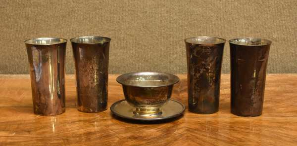 5 pieces of sterling, 4 tall cups, sauce boat, 21 T.oz (757-16)