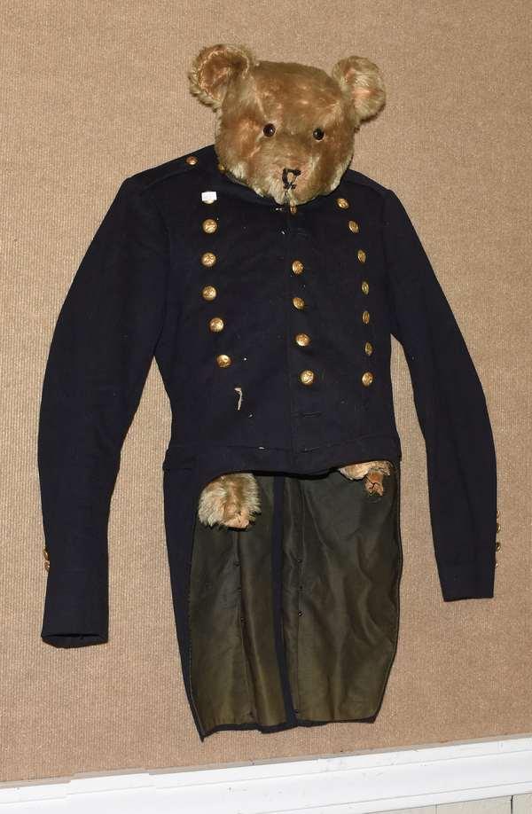 Norwich University early cadet jacket (668-8)