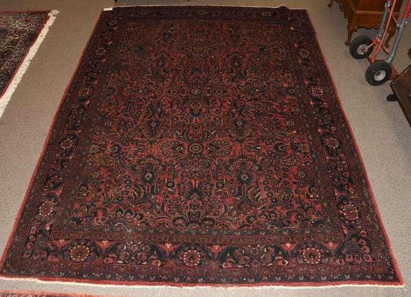 Oriental rug, 9' x 12' (Ref 97)