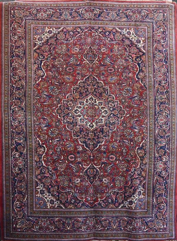 Oriental rug, 8' x 11'7