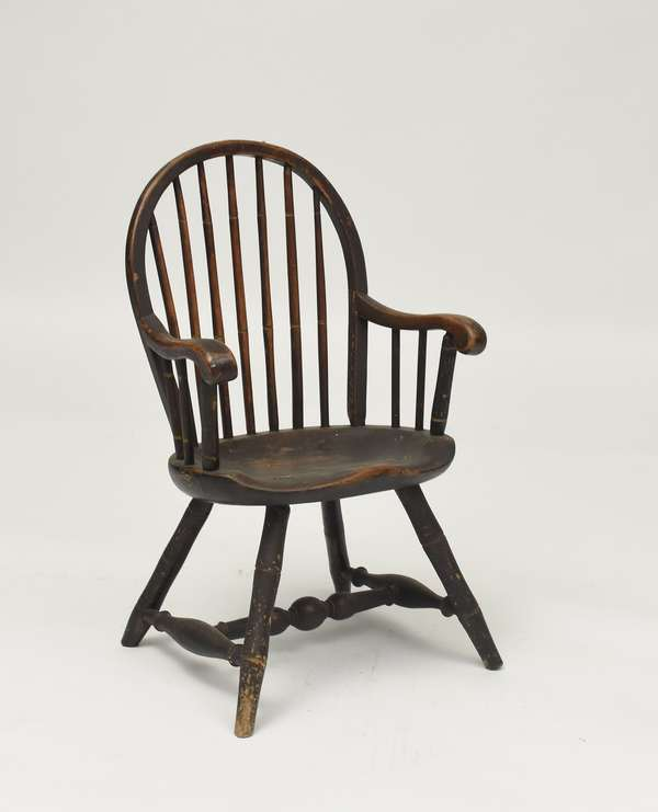 18th C. child's size Windsor armchair, old color, 28