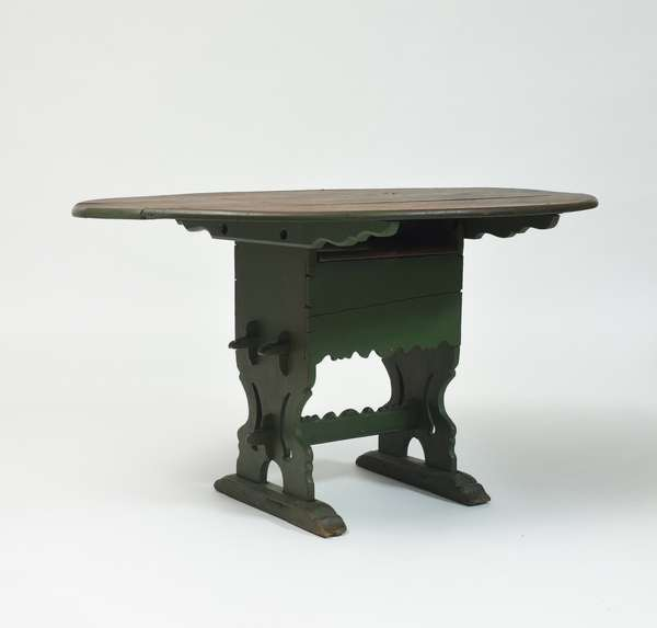 18th C. Hudson River Valley hutch table in green paint, 36.5