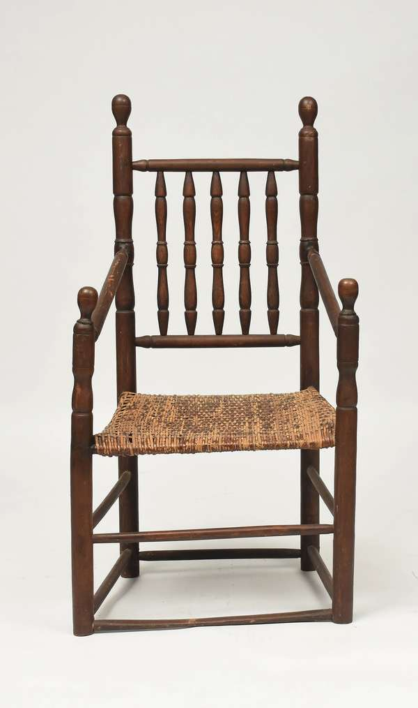 Early 18th C. New England maple great chair, 47