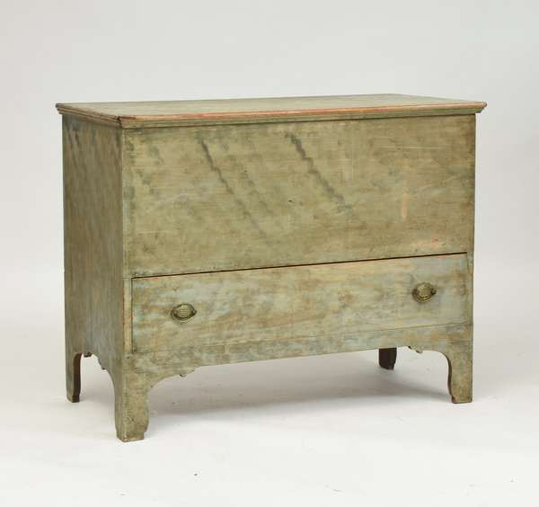 NH green paint decorated one drawer blanket chest, 39.5