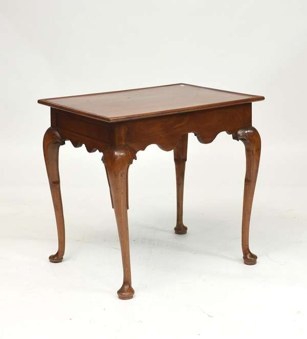 Queen Anne Southern walnut tea table, ca. 1760, purchased by the owner 25 years ago in North Carolina 27.5