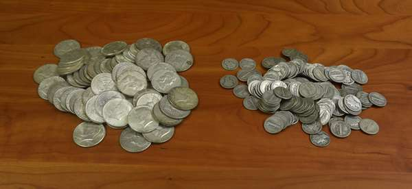 Ref 8: 43-10 face U.S. 90% silver dimes and halves (816-8)