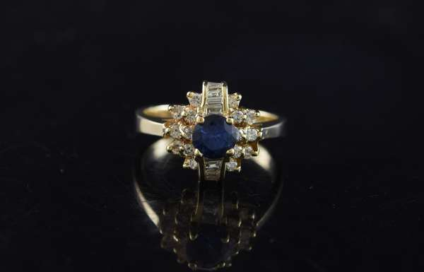 Ref 20: 14k yellow gold diamond and sapphire ring, approx. .75 ct sapphire with good color and .60 ctw diamonds, size 7 (5-91)