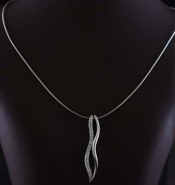 Ref 24: 18k white gold necklace with diamond set pendants in a modern style, 16 - 17